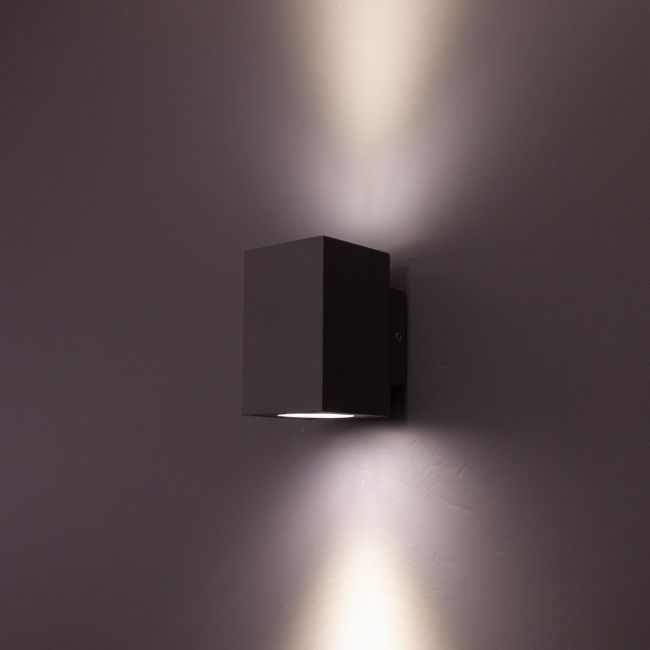 LED-seinävalaisin FTLIGHT STYLE SQUARE, 6W IP54 ylös/alas grafiitti 4000K,10 x 90 x 68mm
